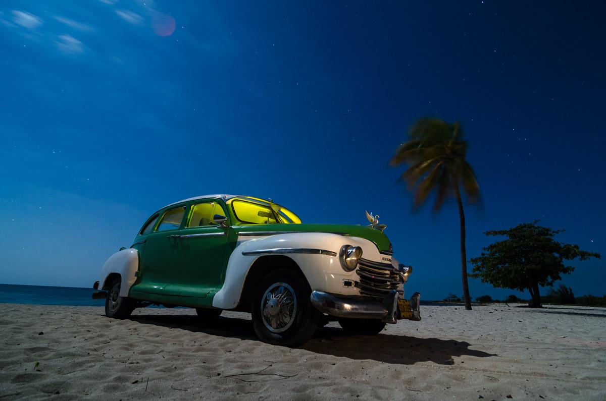 old cuban car by cuban photographer