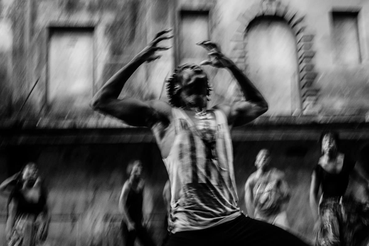 Cuban documentary photography about race and afrocuban dancers